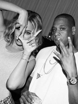 Beyonce Gang Signs Not Illuminati Symbols Emptysuit